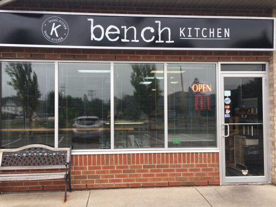 Grimsby, Canadá: Welcome to Bench Kitchen!