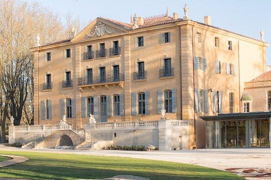 Chateau de Fonscolombe