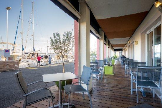 best western plus hotel la marina saint rapha l france voir les tarifs et 492 avis. Black Bedroom Furniture Sets. Home Design Ideas