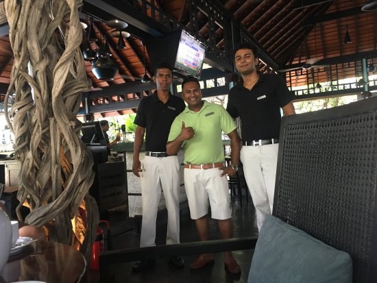 Cinnamon Grand Colombo: I am always staying in this hotel. It is a perfect hotel. Especially Breeze bar ant it great stu