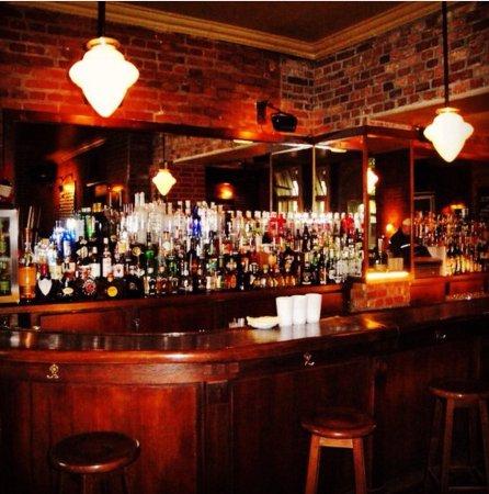 juleps new york bar restaurant berlin charlottenburg restaurant avis num ro de t l phone. Black Bedroom Furniture Sets. Home Design Ideas