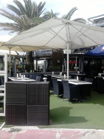 Restaurant la palmeraie dans port la nouvelle avec cuisine fruits de mer poisson - Restaurants port la nouvelle ...