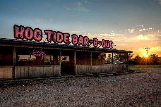 Aurora, MO: Hog Tide Bar-B-Que