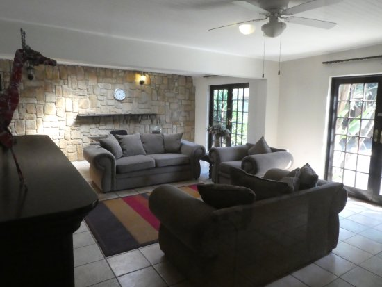 Benoni, South Africa: The sitting room...