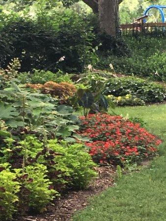 Topeka, KS: Shunga flower garden