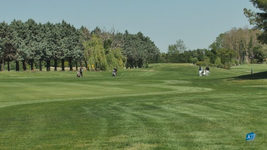 Golf Grand Avignon: Fairway du 13
