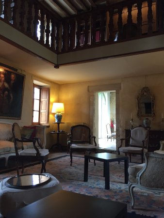 Manoir du Quesnay : The Living room of the manor