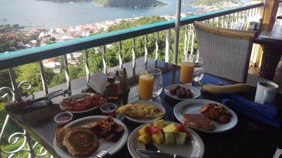 Mafolie Hotel: breakfast at the restaurant