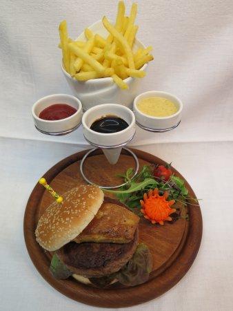 Biel, Zwitserland: Burger gourmand
