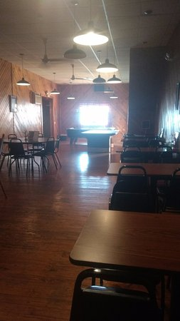 Perrysville, OH: The dining room when you first walk into the building. No one eats out here, though?