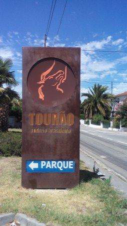 Entrada do Tourão Restaurante Brasileiro que fica em Barcelos- Portugal