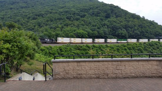 Horseshoe Curve National Historic Landmark: Westbound freight