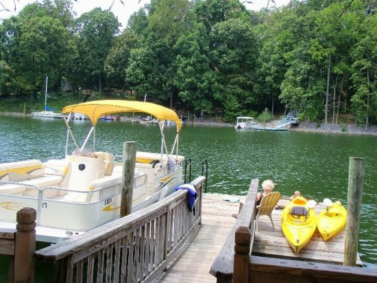 ‪Lake Norman Boat Rentals‬