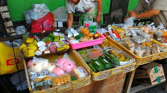 Suryakencana Street Food Wonderful Jajanan Pasar Stall At Jalan Surya Kencana