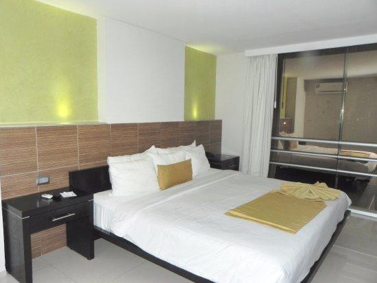 Hotel El Espanol Paseo de Montejo Photo