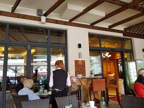 Café - Restaurant - Pizzeria Einkehr / Hotel Edelweiss: TA_IMG_20170728_170053_large.jpg