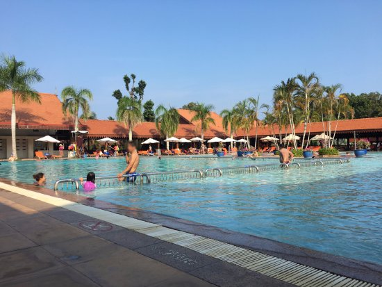 Club Med Cherating Beach: Family pool
