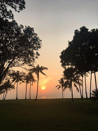 Club Med Cherating Beach: Beautiful sunrise