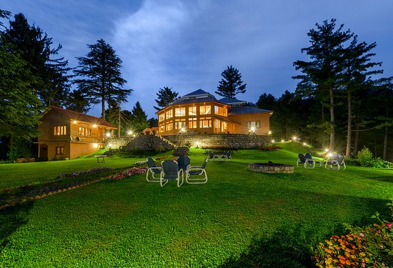 Arcadian Sprucewoods, Shogran - Main block and garden