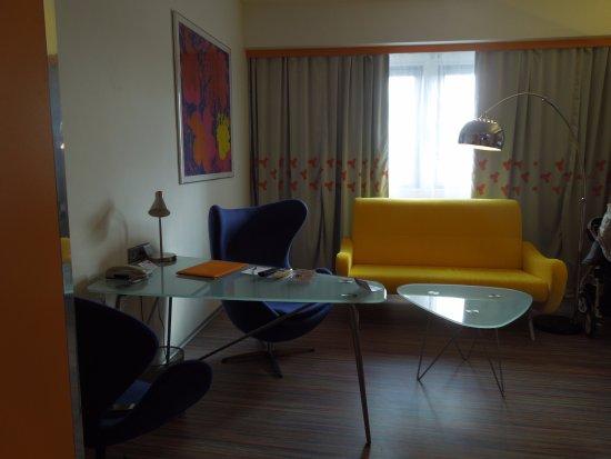 Hotel Continental: Anticamera uso ufficio