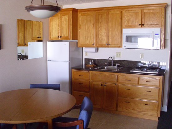 Rockaway Beach Resort: ALL of our rooms have full-sized fridges and kitchens