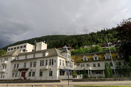 Thon Hotel Forde Image