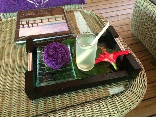 Veligandu Island Resort & Spa: Welcome lemon juice in the Spa