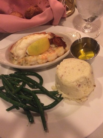 Owens' Restaurant: Can you find the seafood??
