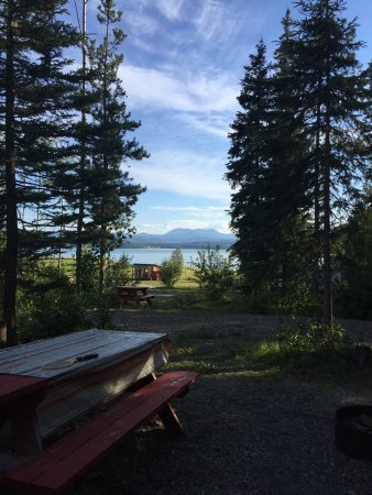 Hudson's Hope, Kanada: Some views from both the campground and lodge grounds