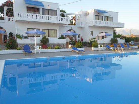 Chorafakia, Grecia: Piscina Villa Michalis