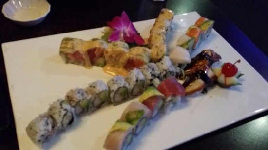 Saint Robert, MO: Tiger Roll, California Roll, and Rainbow Roll