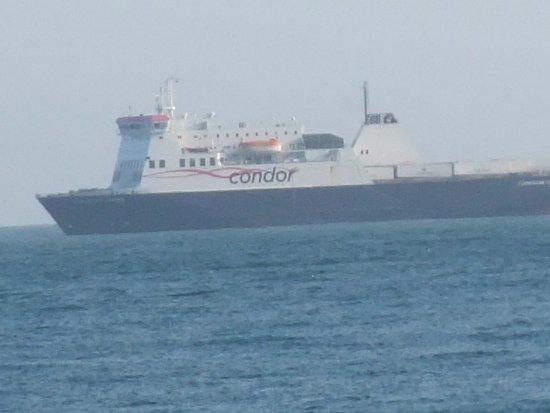 Beau Rivage Hotel: Condor Ferry