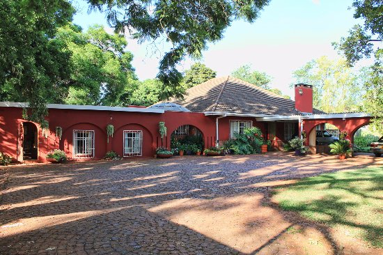 Bowood Lodge Photo
