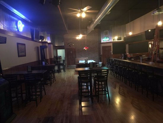 Peotone, IL: North side of the bar