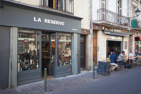 L'épicerie et la Reserve