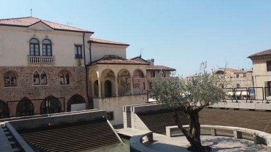 Palazzo e Loggetta del Monte di Pietà