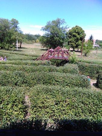 Ópusztaszer, Magyarország: Csillagösvény Útvesztő Öko-élménypark