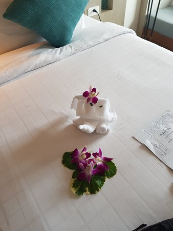 Novotel Phuket Resort: nice welcome!