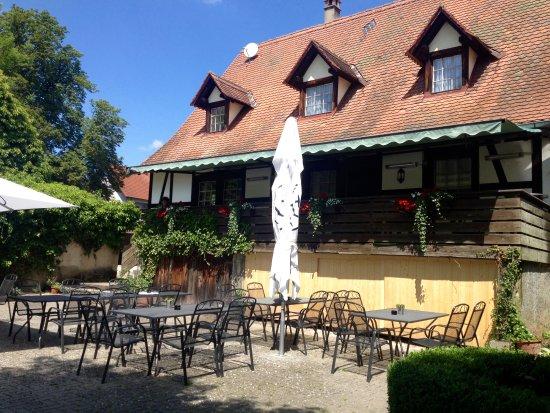 Schlusselfeld, ألمانيا: Clubhuis met uitzicht op hole 18