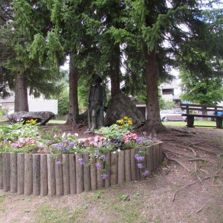 Kranjska Gora, Slovenien: statue of Kekec