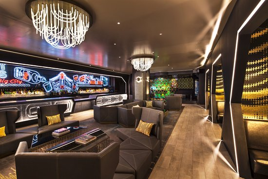 W new york times square updated 2017 prices hotel - The living room at the w union square ...