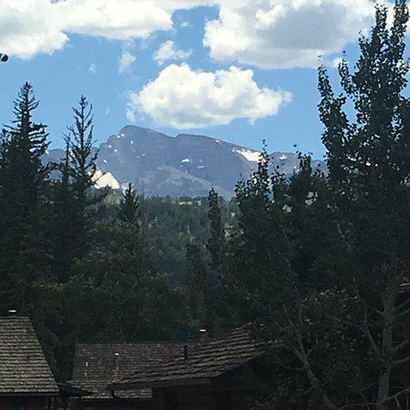 Glacier Lodge Photo