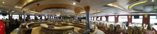 Yichang, China: Panaramic View of the main Restaurant
