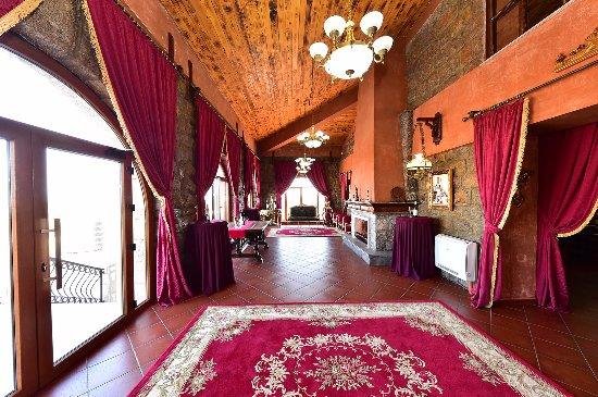 Topola, Serbien: interior