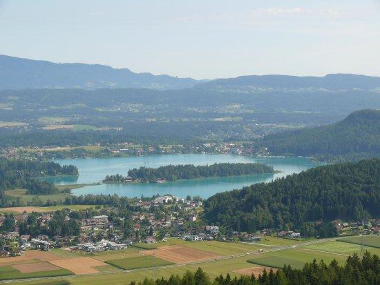 Burgruine Finkenstein: Sicht Richtung Faaker See