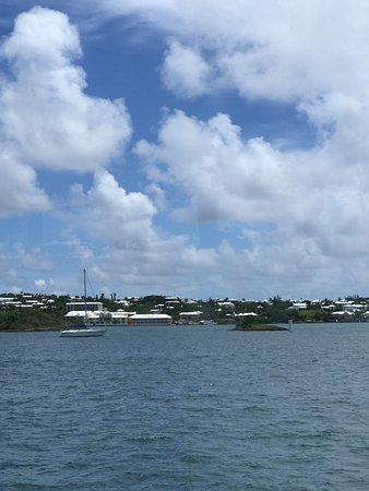 Hamilton, Bermuda: View of Bermuda from the ferry