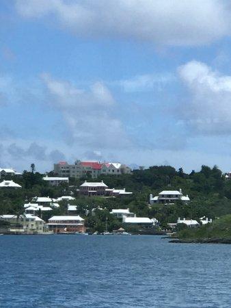 Hamilton, Bermuda: Nice houses