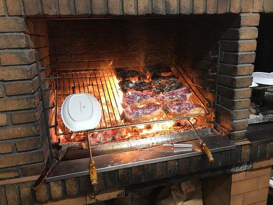 Restaurante txokolo en san sebasti n con cocina otras - Cocinas san sebastian ...