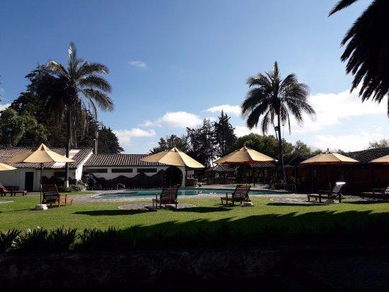 Salcedo, Ecuador: Área de Piscina del Hotel