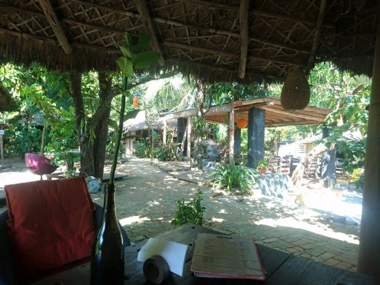 Mermaid Cafe: enjoying calm and natural beauty with food.